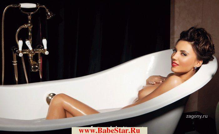 Алина Артц в журнале Playboy. all-stars.su.