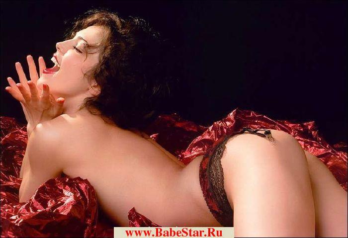 zhena-trahaetsya-s-lesbiyankoy